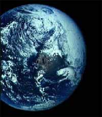 Nhiệt độ trái đất ấm lên, tuổi thọ con người ngắn đi
