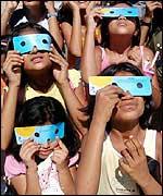 Xử trí khi trẻ bị các tổn thương ở mắt