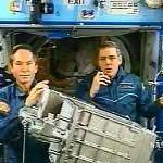 Cuộc đi bộ trong không gian của hai phi hành gia