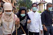 Một em gái Indonesia tử vong bị nghi cúm gà