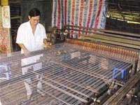 Nhà nông thất bát trở thành nhà sáng chế máy dệt