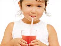 Trẻ uống thuốc dễ hơn nhờ ống mút