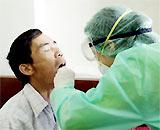 Kiểm soát chặt những ca viêm phổi âm tính với H5N1