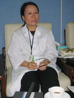 Chưa thể thử nghiệm vaccine H5N1 trên người vì... thủ tục?