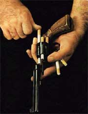 Hút thuốc lá thụ động có thể gây ung thư vú