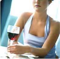 Uống rượu vừa phải có thể giảm nguy cơ ung thư thận