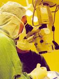 Hợp tác mổ mắt miễn phí bằng kỹ thuật Phaco