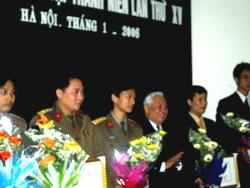 Trao 3 giải thưởng Khoa học - Kỹ thuật thanh niên
