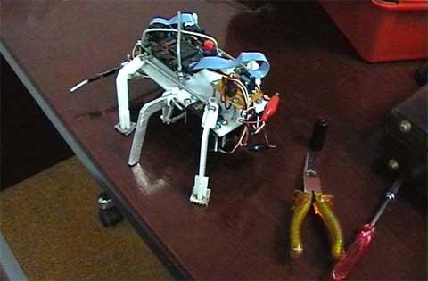 Robot siêu nhỏ có khả năng khám phá vũ trụ
