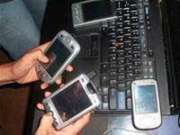 "Chơi PDA ""sành điệu"""