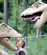Hoá thạch khủng long viết lại lịch sử lông vũ