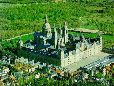 Toàn cảnh đan viện Escorial