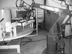 VN: Chế tạo thành công trạm hàn sử dụng robot