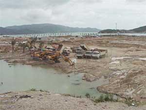San lấp vịnh Nha Trang
