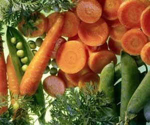 Trong rau, cà rốt chứa nhiều beta-caroten