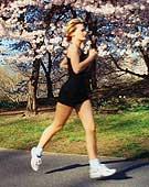 Chạy chậm giảm béo tốt hơn chạy nhanh