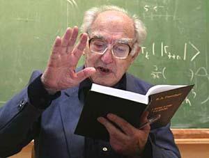 Nhà khoa học Vitaly Ginzburg