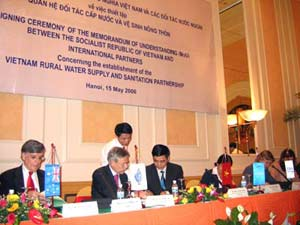 14 đối tác giúp VN về nước sạch và nông thôn