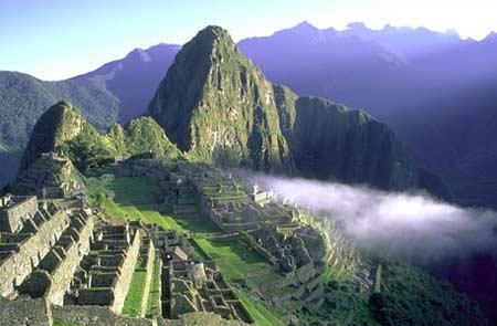 Thành phố trên không Machu Picchu - Peru