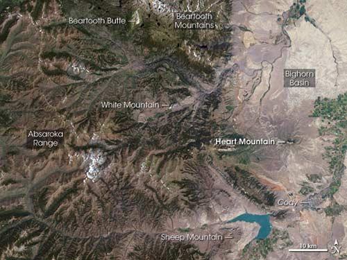 Ngọn núi di chuyển 100 km trong nửa giờ