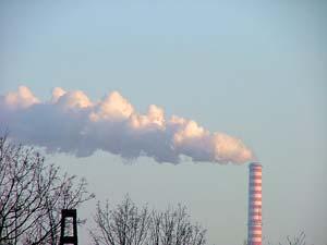 Ống khói và lò đốt rác liên quan tới ô nhiễm không khí