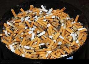Hút thuốc lá độc hại dưới mọi hình thức