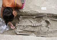 Phát hiện bộ xương phụ nữ tiền sử tại thành Rome