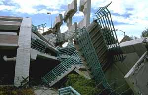Dư chấn sau động đất ngày càng lớn