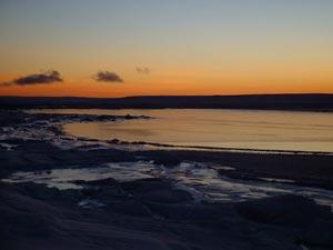 Mực nước ở Bắc Băng Dương giảm 2cm/năm