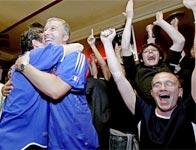 Thắng cược bóng đá sướng như đạt cực khoái