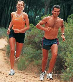 Tại sao đàn ông chạy nhanh hơn phụ nữ?