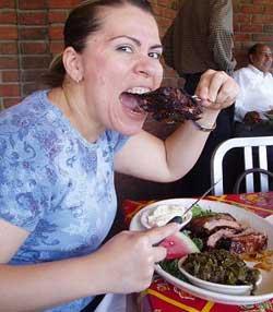 Viêm khớp dạng thấp vì ăn nhiều thịt