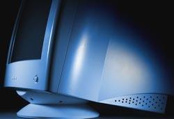 Thị trường máy tính giã từ màn hình CRT
