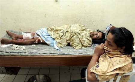 Sóng thần tại Indonesia làm 105 người chết