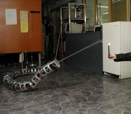 Anna Konda - Robot cứu hỏa