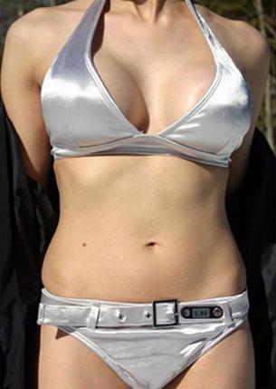 Áo bikini báo động tia cực tím (Ảnh: TTO)