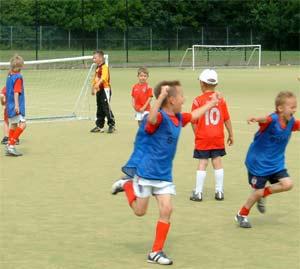 Trẻ chơi thể thao sẽ học giỏi hơn