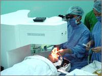 Cấy răng trong mắt phục hồi thị lực: Bệnh nhân Việt Nam đầu tiên được phẫu thuật