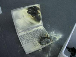 Bảo vệ laptop an toàn trước khi ra sân bay