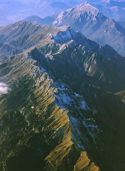 Đoạn núi Alps đi qua lãnh thổ Italia