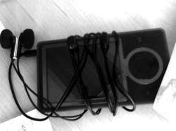 Microsoft Zune có điều khiển bánh xe giống iPod