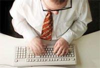 Nhân viên dùng Internet chỉ làm việc tập trung trong... 3 phút