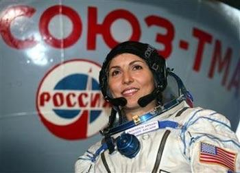 Cô gái Mỹ trở thành khách du lịch vũ trụ nữ đầu tiên