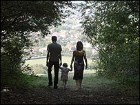 Quan hệ giữa tuổi cha và bệnh tự kỷ