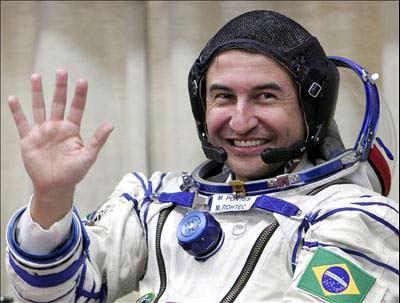 Marcos Pontes - nhà du hành vũ trụ đầu tiên của Brazil