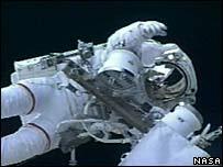 Các phi hành gia từ Atlantis đã hoàn thành nhiệm vụ