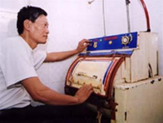 Người Việt đầu tiên sáng chế máy giặt