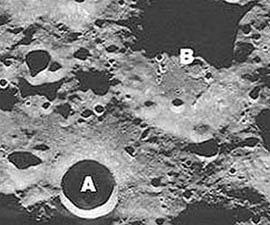 Không có băng trên miệng núi lửa Mặt trăng!