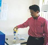 """Hùng """"ozone"""" và đề án giải quyết vấn nạn nước đục ở TPHCM"""