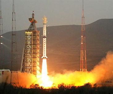Trung Quốc phóng thành công vệ tinh thăm dò môi trường vũ trụ